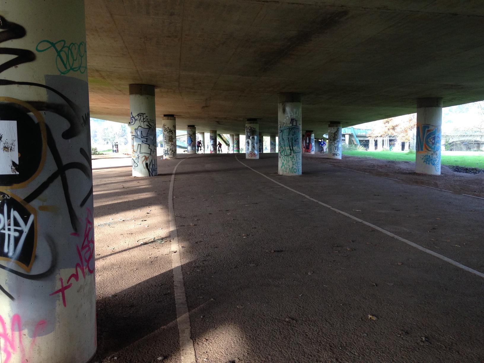 Bristol grafitti - Brunel Underpass