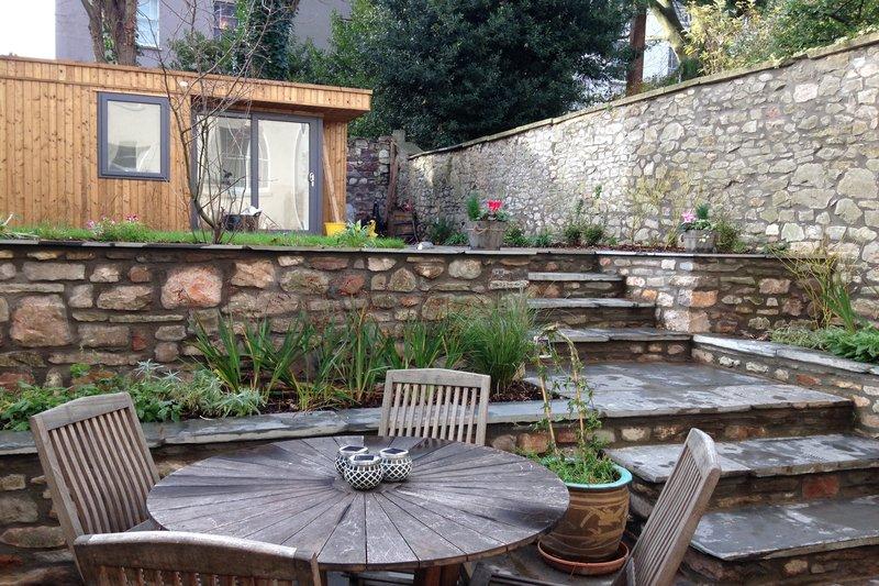 townhouse garden Redland Bristol with garden room