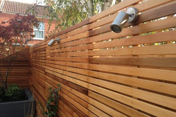 Shirehampton garden cedar fencing and outdoor lights