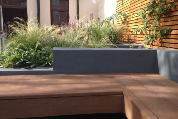 Shirehampton garden outdoor built-in bench