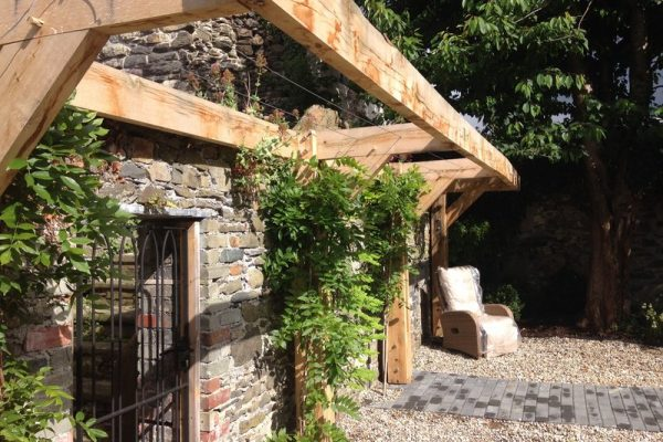 Cantilever oak pergola and Wisteria